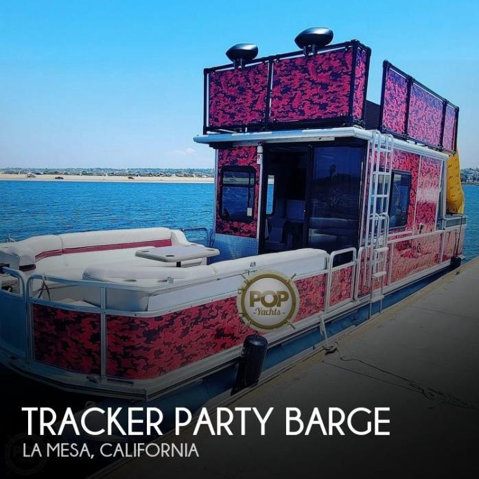 2000 Sun Tracker Party Cruiser 32