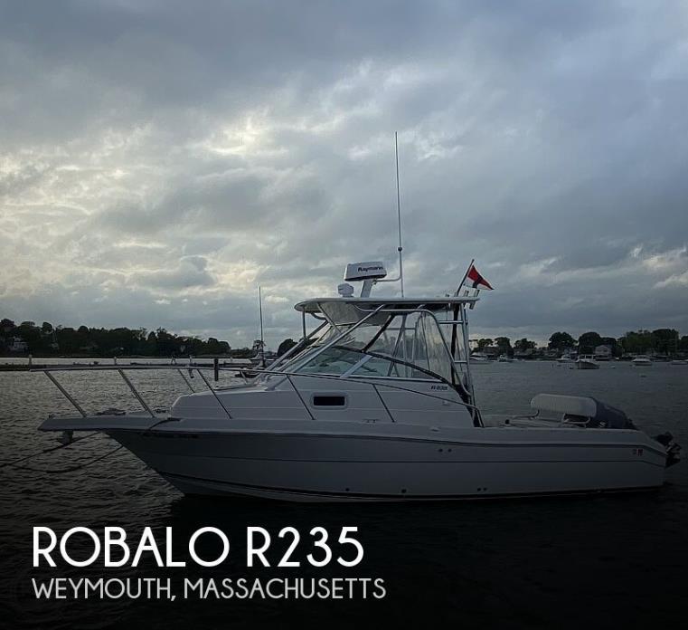 2003 Robalo R235