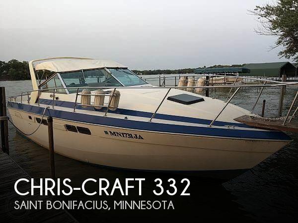 1983 Chris-Craft 332 Commander