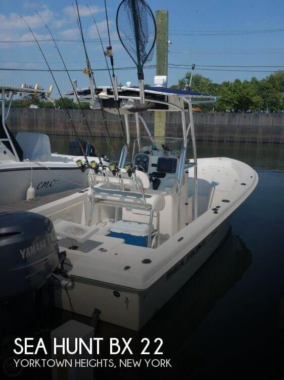 2005 Sea Hunt BX 22