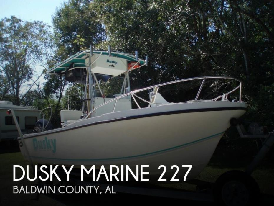 1994 Dusky Marine 227