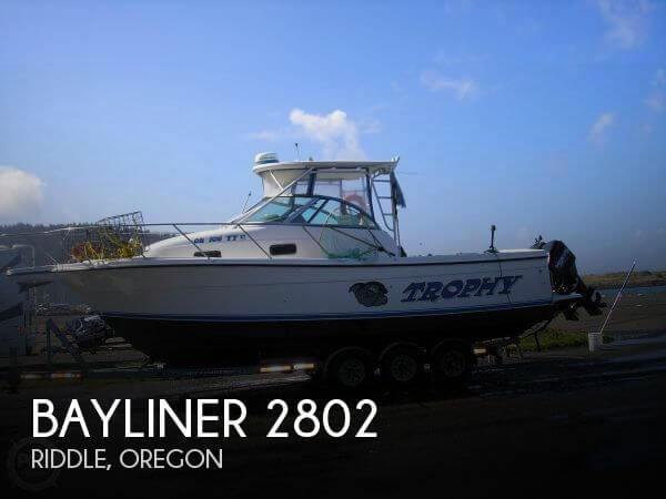 1999 Bayliner 2802