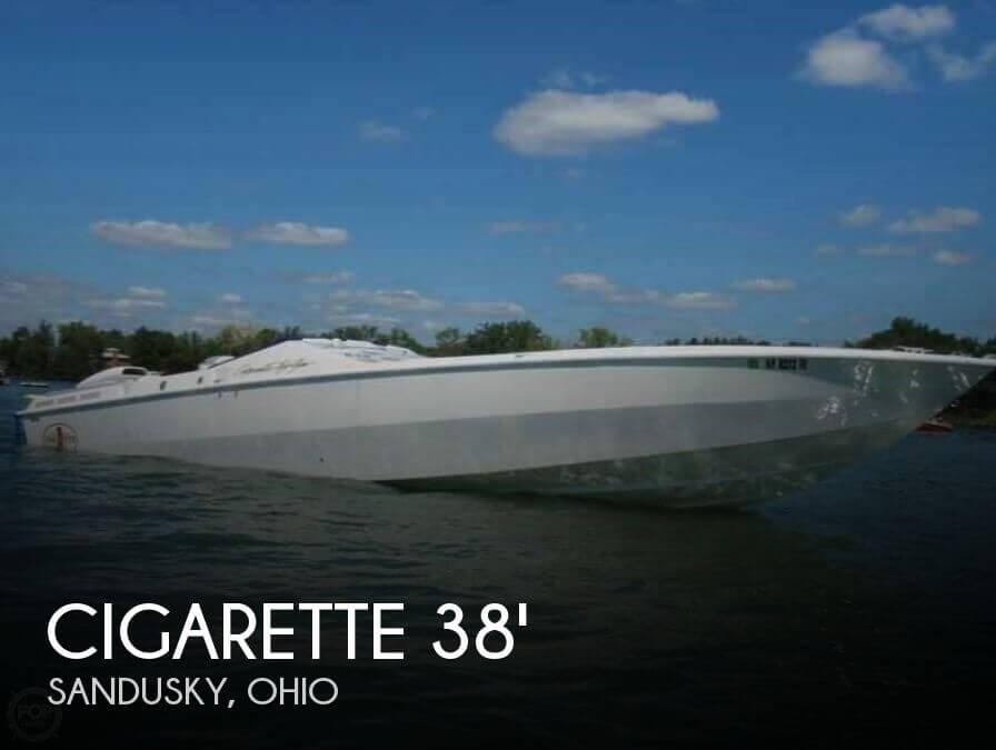 1993 Cigarette Top Gun 38