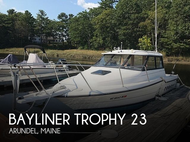 1994 Bayliner Trophy 23