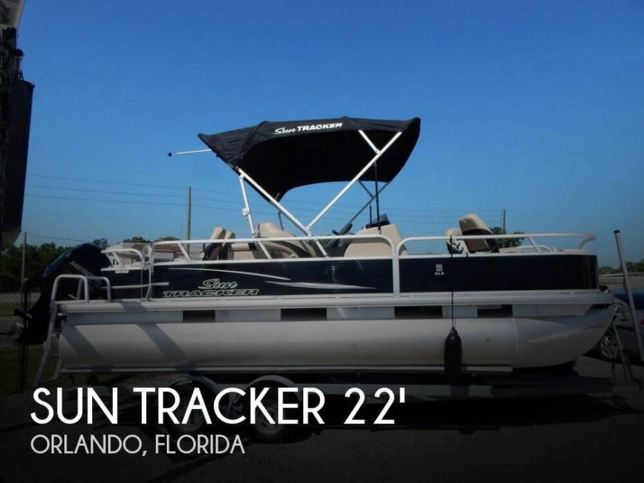 2013 Sun Tracker Fishin' Barge 22 DLX