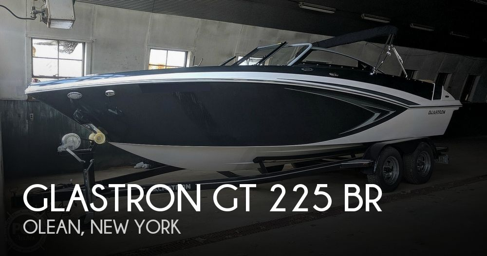 2016 Glastron GT 225 BR