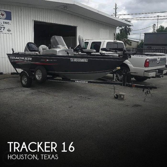 2019 Tracker V-16SC Pro-Guide