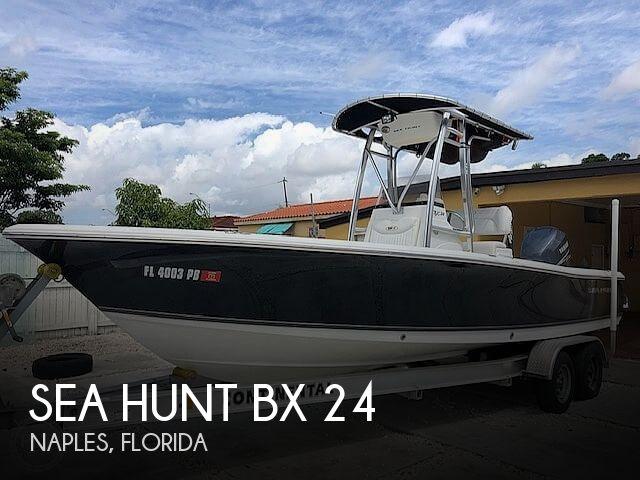 2010 Sea Hunt BX 24