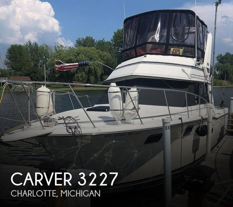 1988 Carver 3227 Convertible
