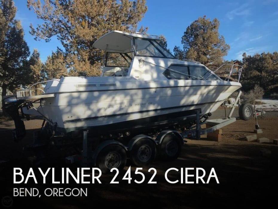 2000 Bayliner 2452 Ciera
