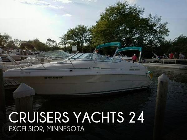 1996 Cruisers Yachts Aria 2420