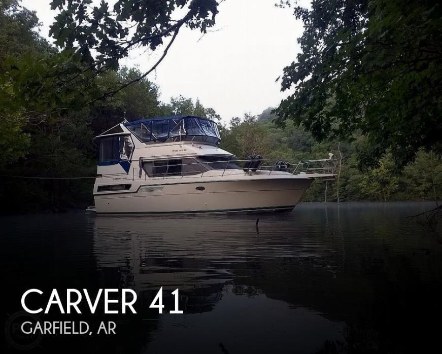 1995 Carver 370 Aft Cabin