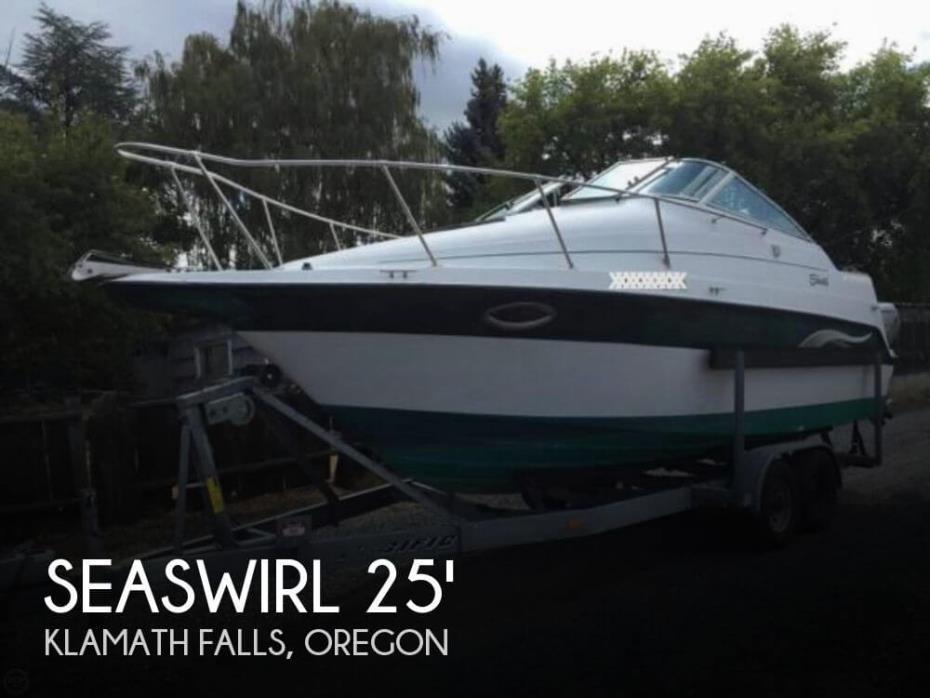 2000 Seaswirl Cuddy 250 Aft