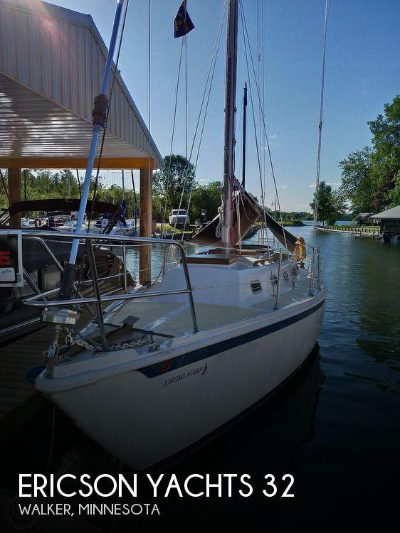 1976 Ericson Yachts 32