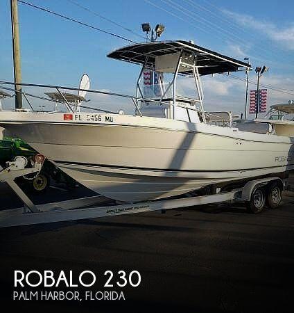 2004 Robalo 230