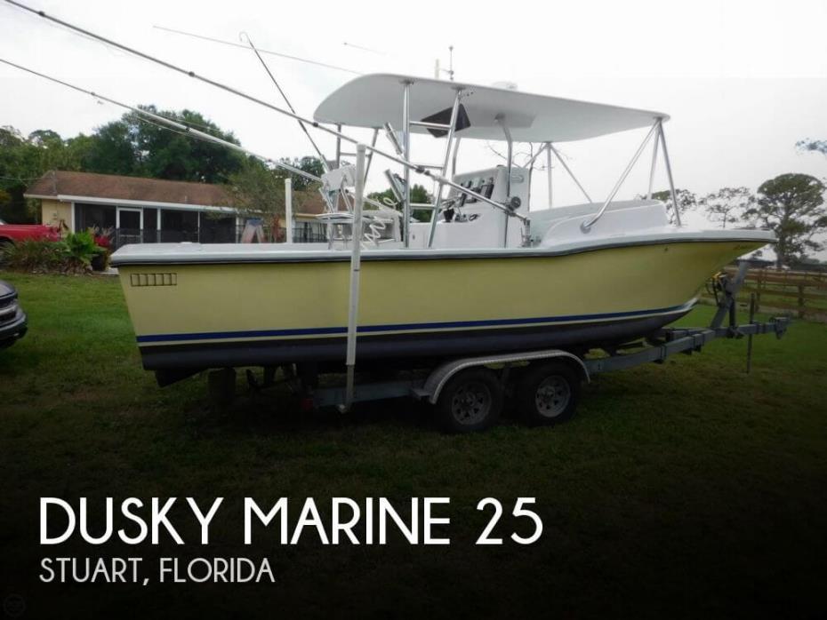 1982 Dusky Marine 25