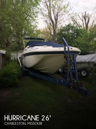 2006 Hurricane SD260 Sun Deck