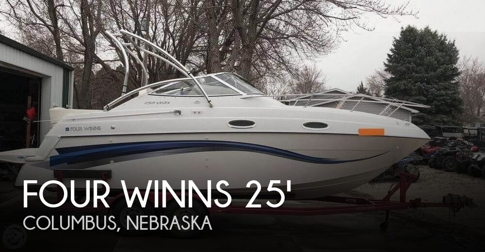 1999 Four Winns 258 Vista Cruiser