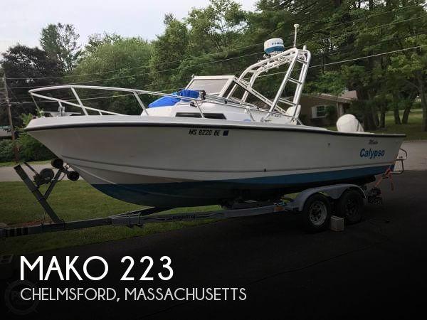 1997 Mako 223