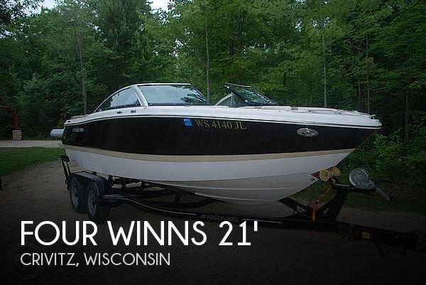 2015 Four Winns Horizon 210