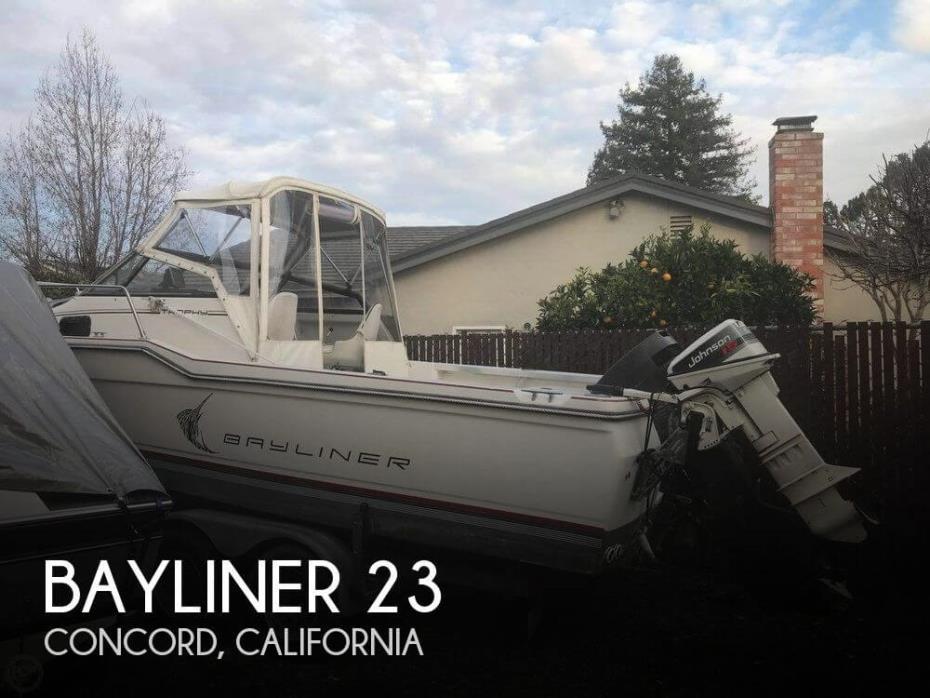 1990 Bayliner 23