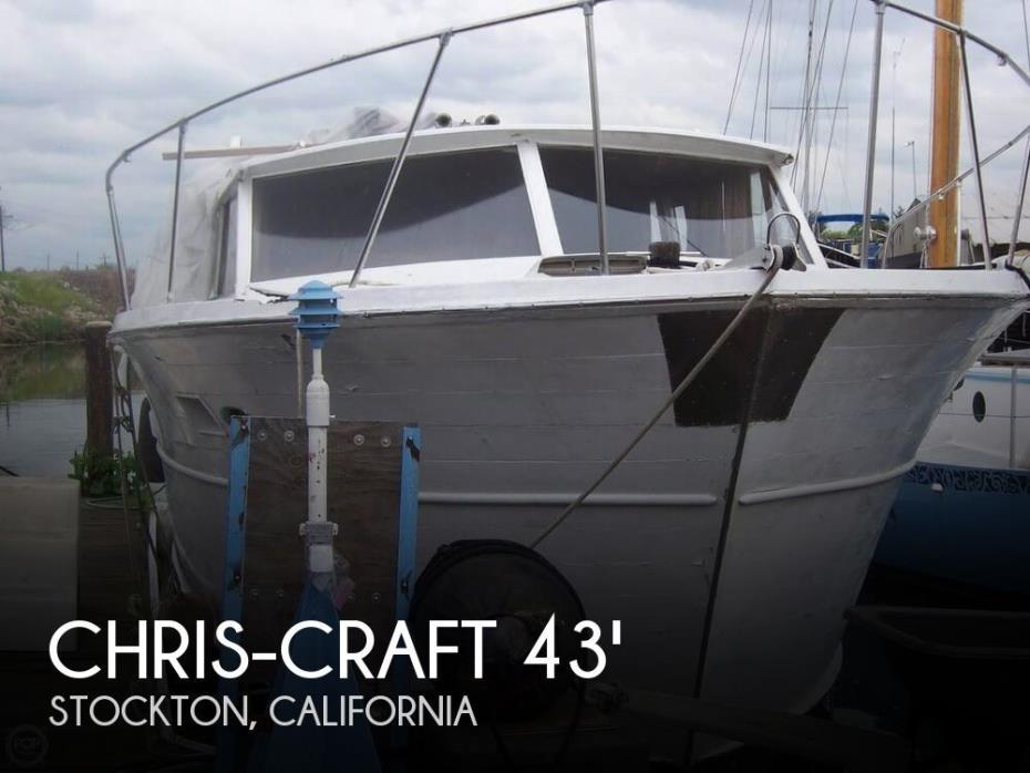 1968 Chris-Craft Corinthian 43