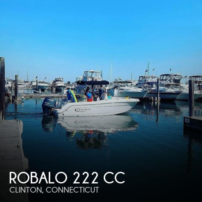 2019 Robalo 222 CC