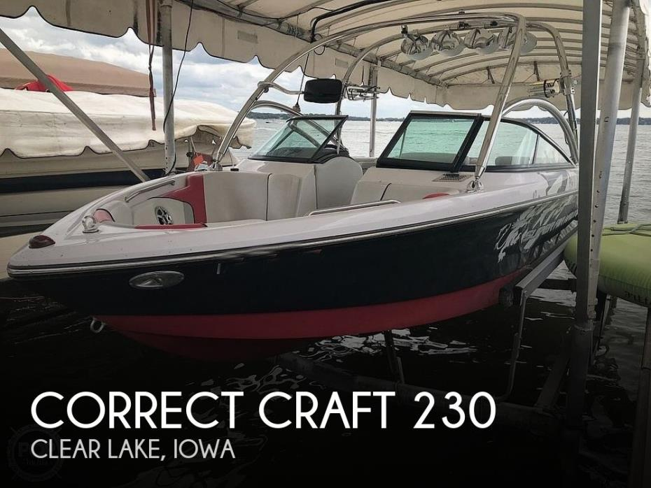 2008 Correct Craft Super Air-Nautique 230