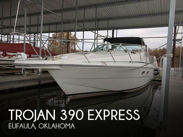 1995 Trojan 390 Express