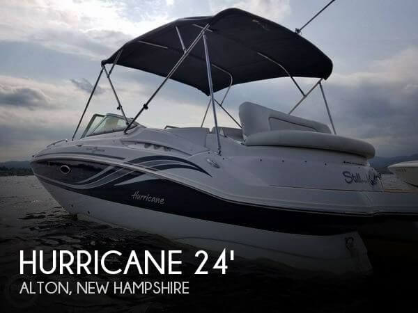 2015 Hurricane 2400 Sundeck