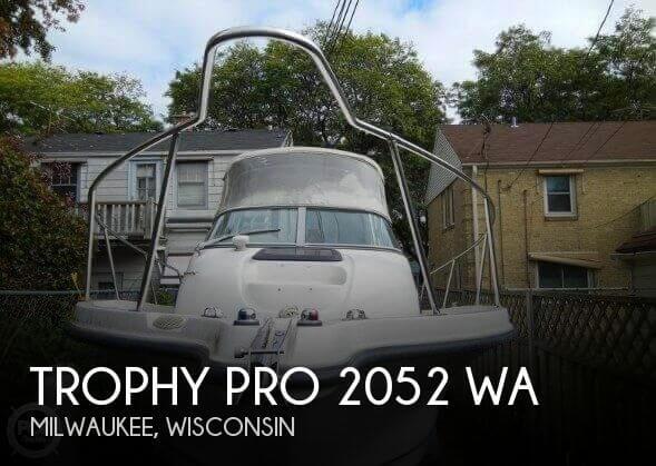 2002 Trophy Pro 2052 WA