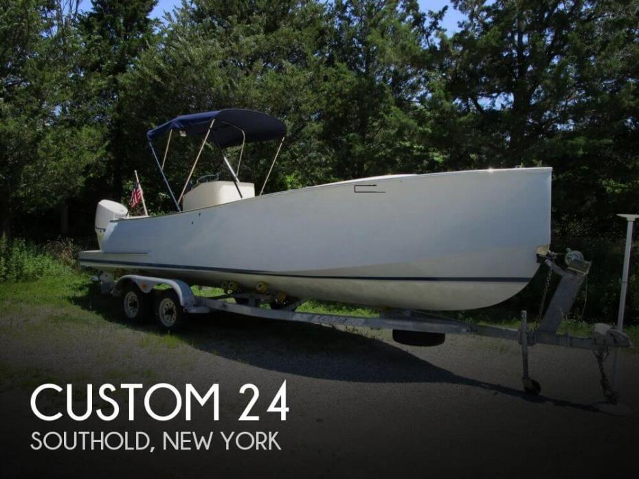 2012 Custom 24