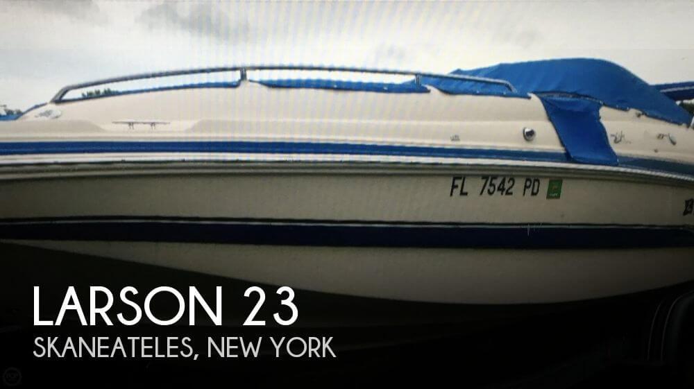 2005 Larson 234 Escape