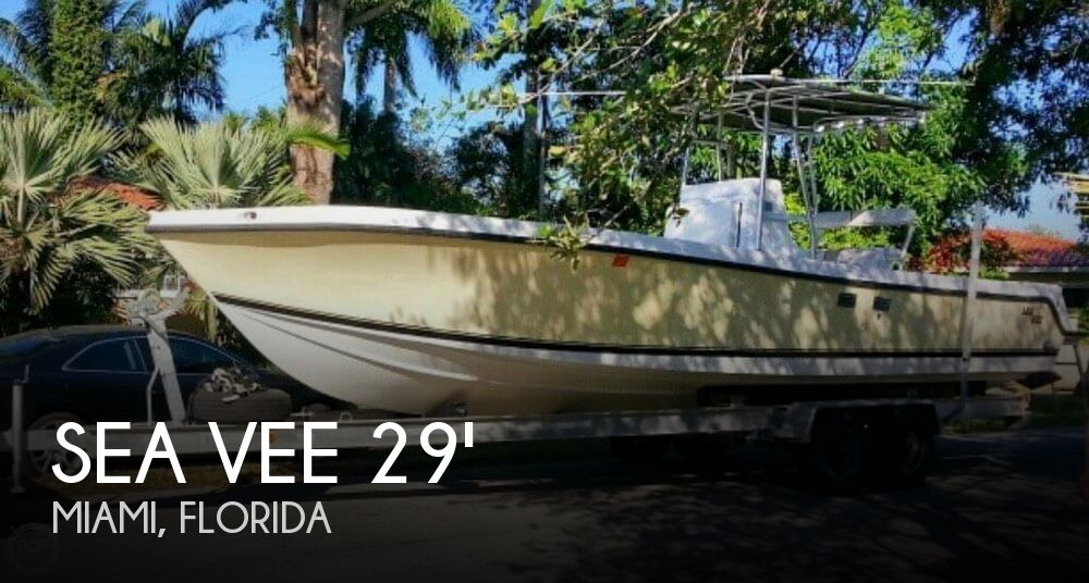 2001 Sea Vee 290 Center Console