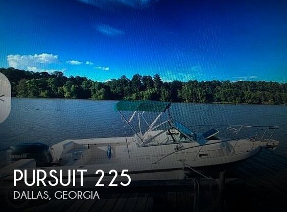 1996 Pursuit 225
