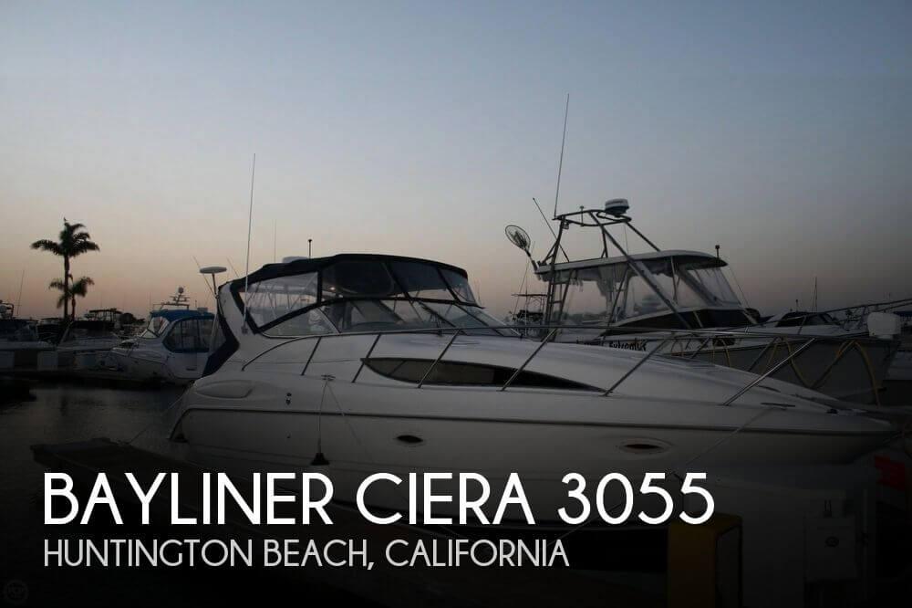 1999 Bayliner Ciera 3055 SB