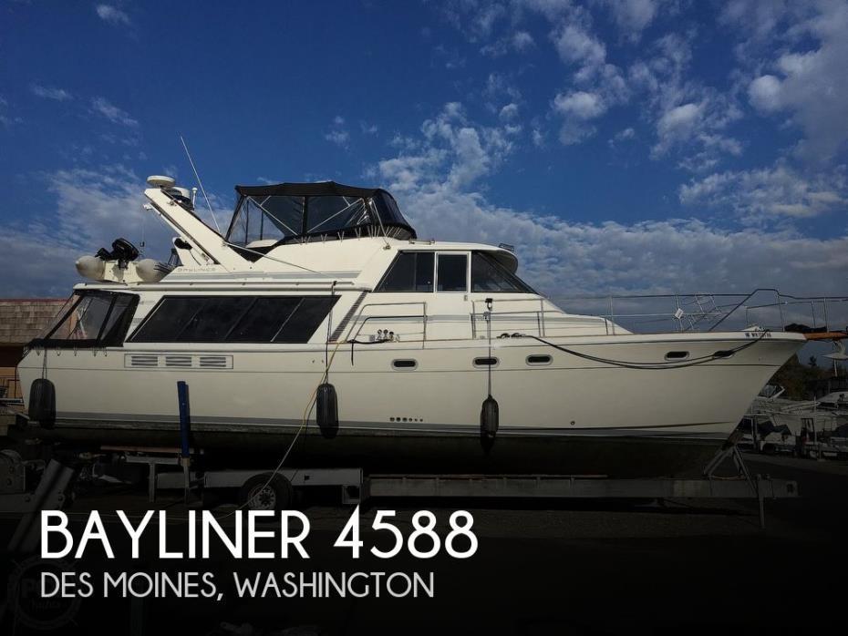 1990 Bayliner 4588