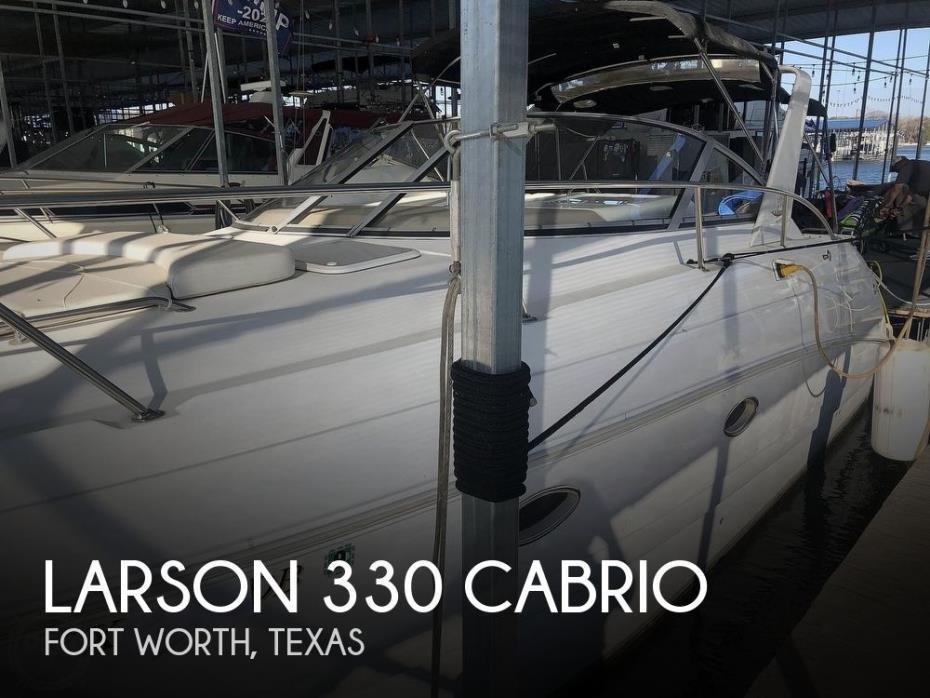 1999 Larson 330 Cabrio Mid Cabin