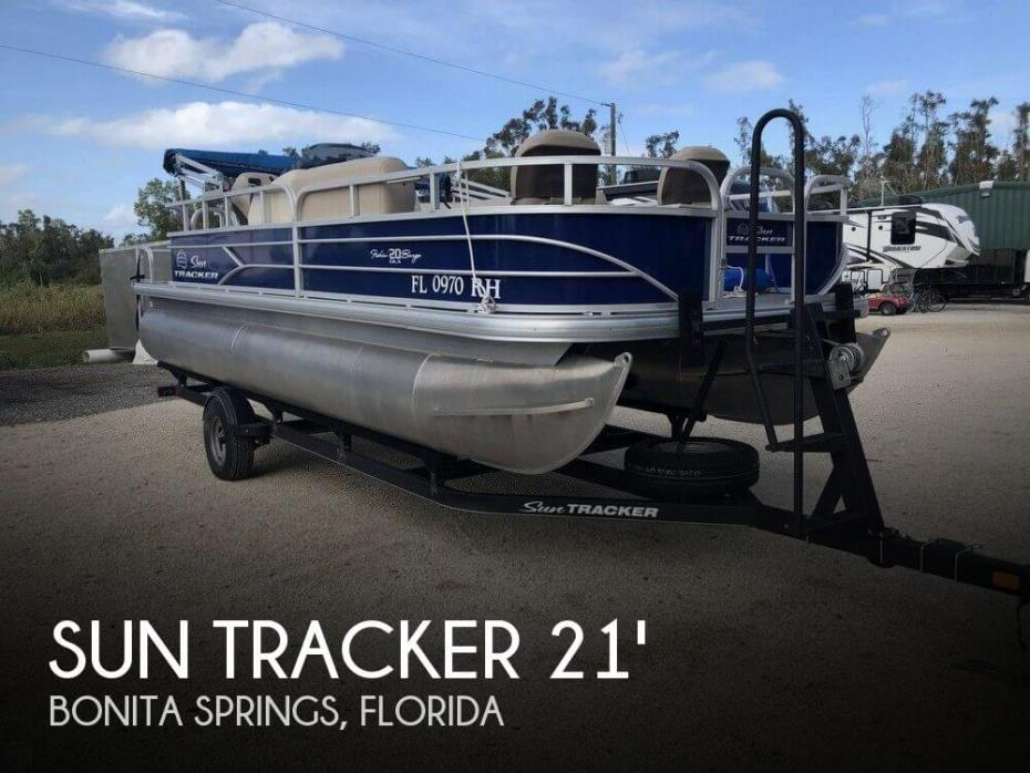2017 Sun Tracker Fishin' Barge 20 DLX
