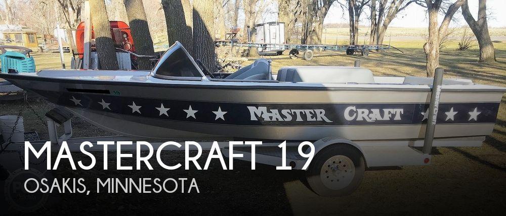 1978 Mastercraft Stars & Stripes Ski Boat