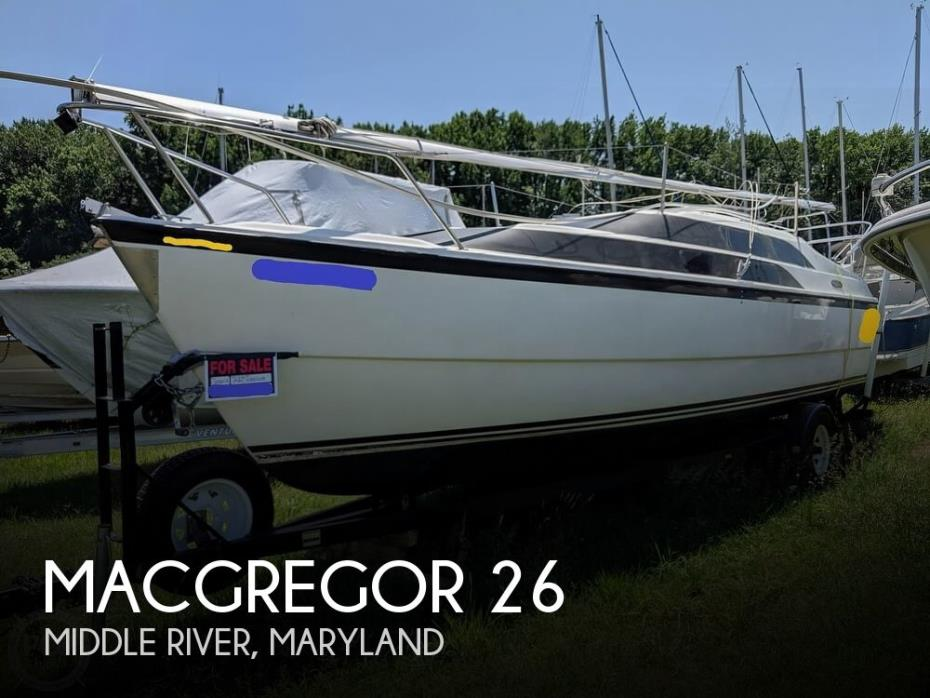 2004 MacGregor 26M