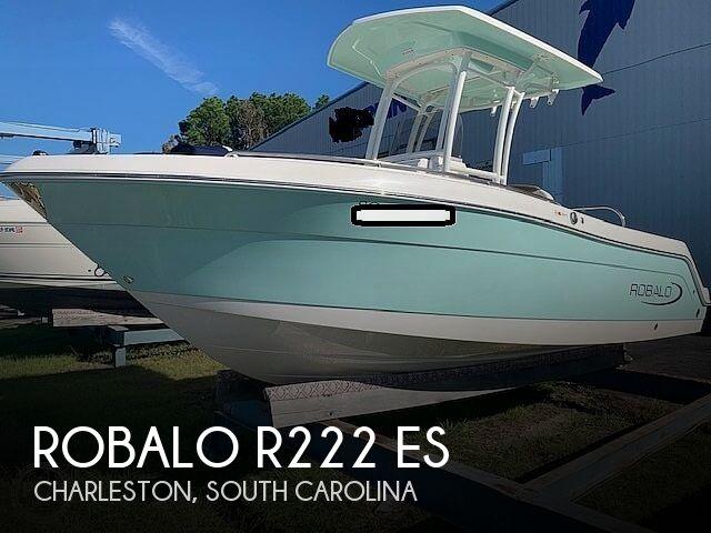 2017 Robalo R222 ES