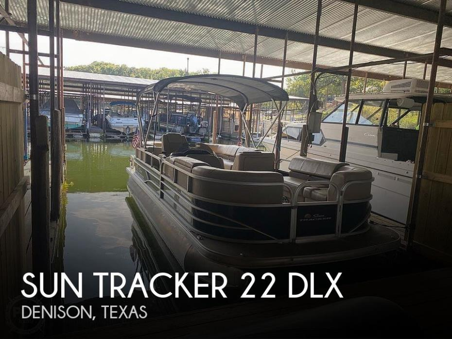 2019 Sun Tracker 22 DLX