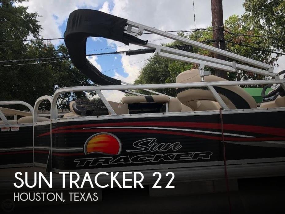2013 Sun Tracker 22 Fishin Barge DLX