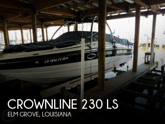 2008 Crownline 230 LS