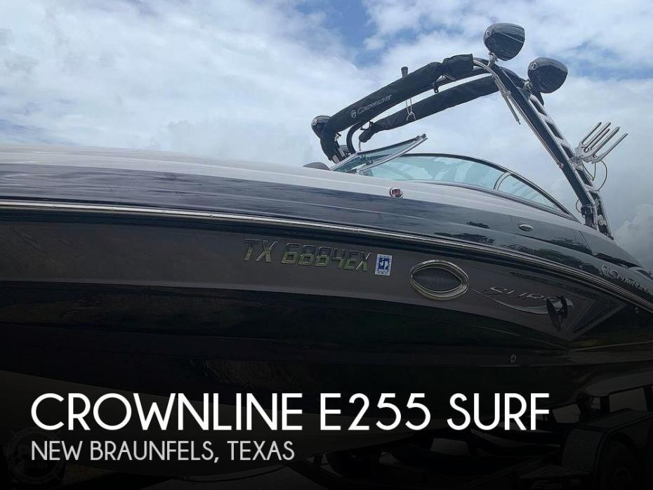 2019 Crownline E255 Surf