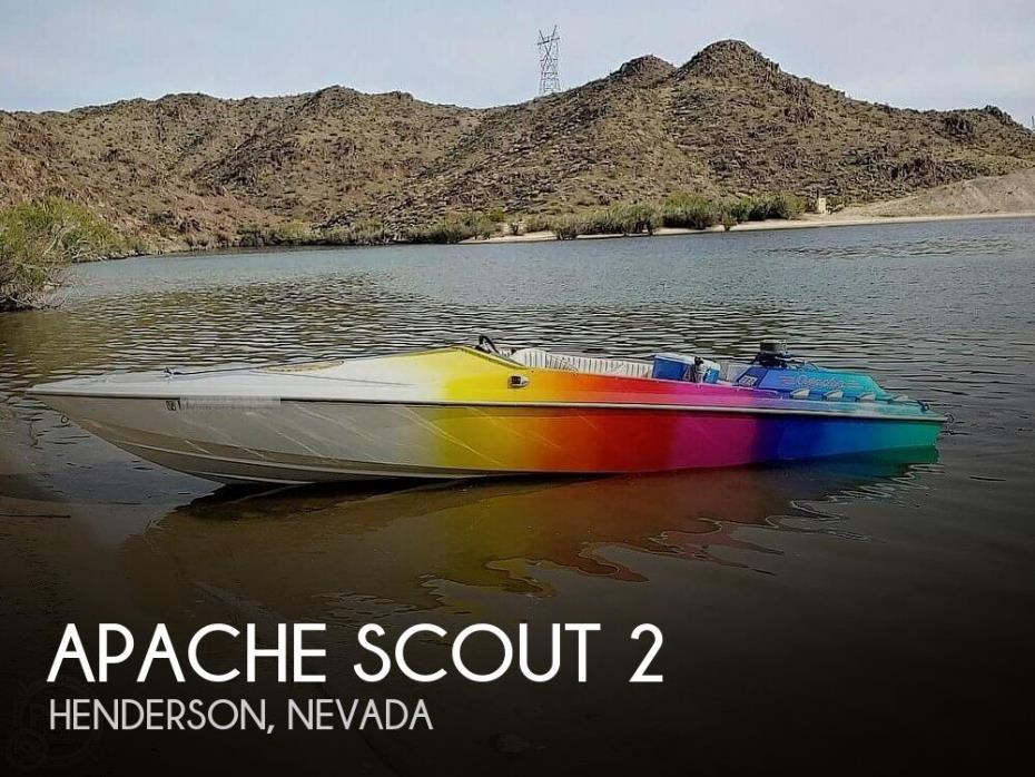 1986 Apache Powerboats Scout 2