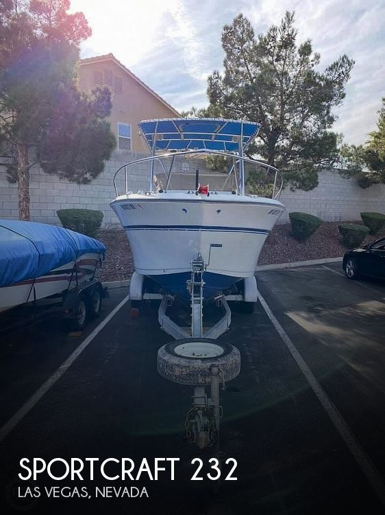 1990 Sportcraft 232 Fishmaster