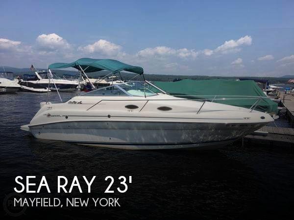 1998 Sea Ray 240 SUNDANCER