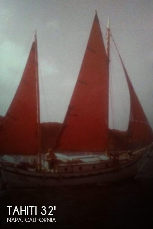 1974 Tahiti Dreadnought 32